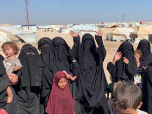 Aussie ISIS wives, kids removed from camp