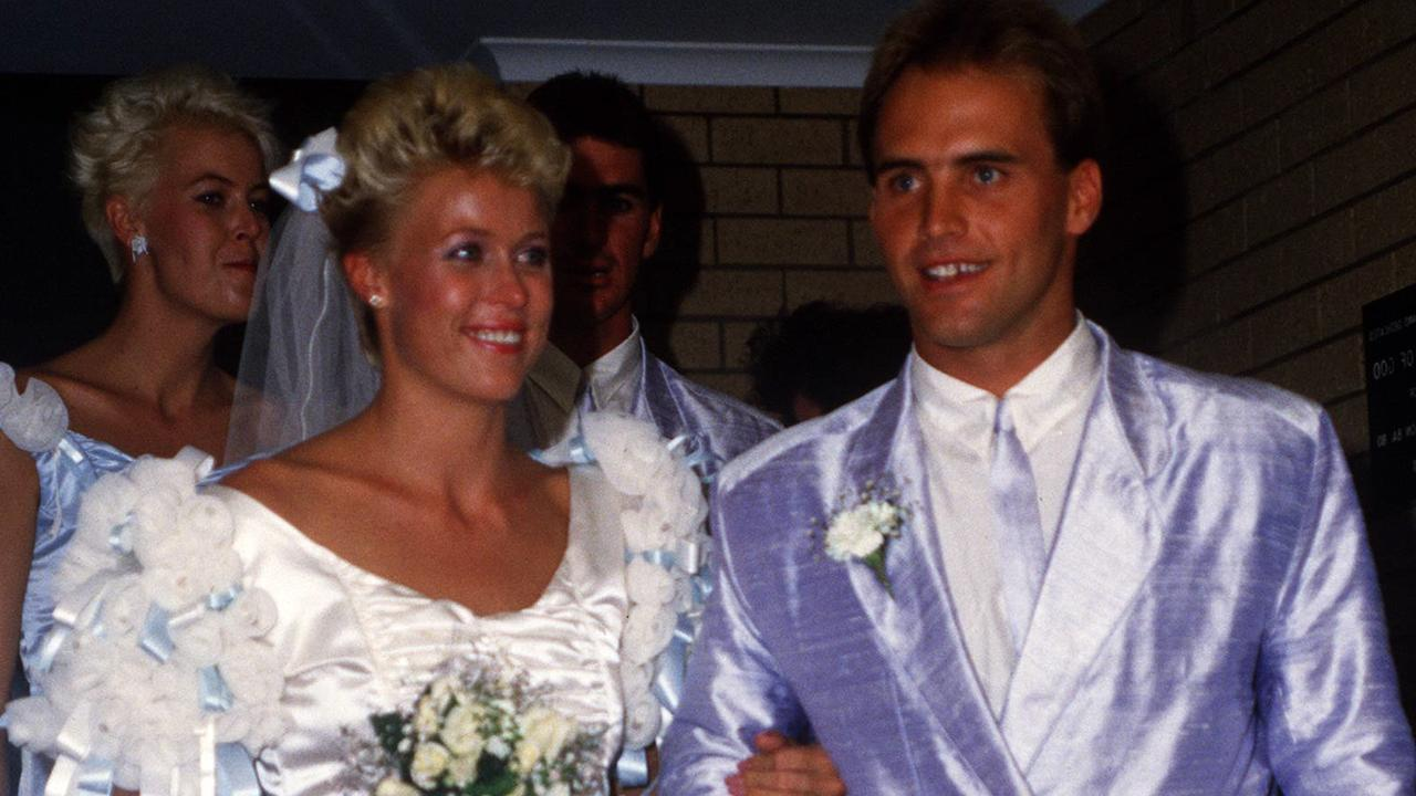 Grant Kenny and Lisa Curry at their wedding in April 1986. Picture: News Limited