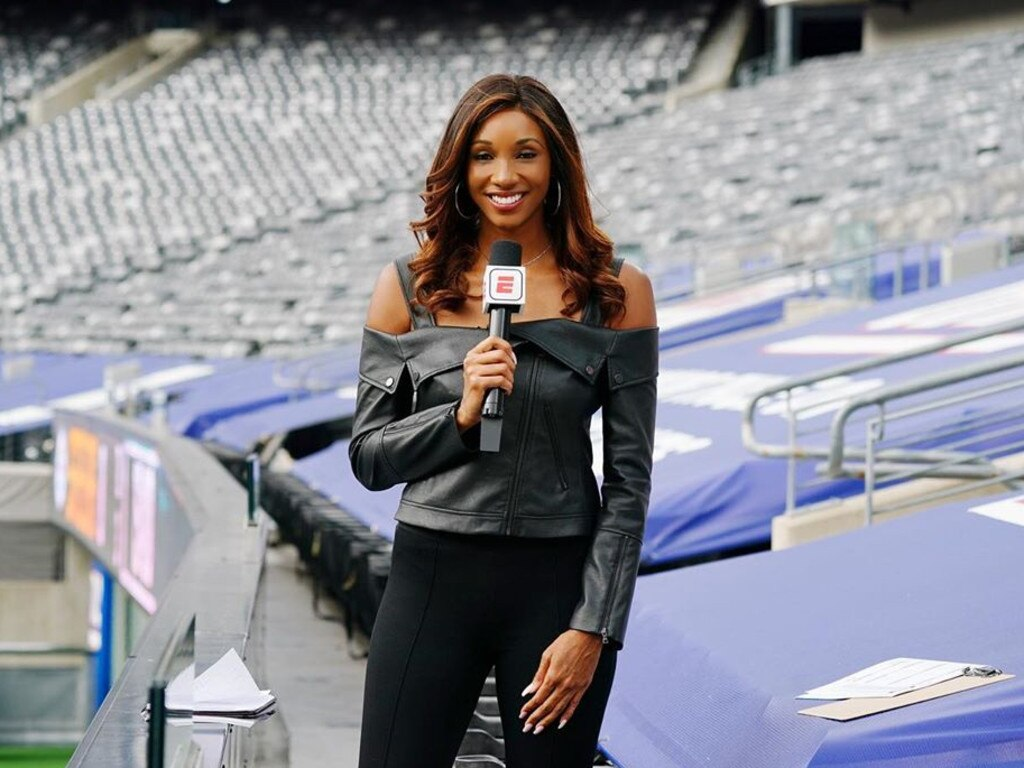 Maria Taylor's outfit.