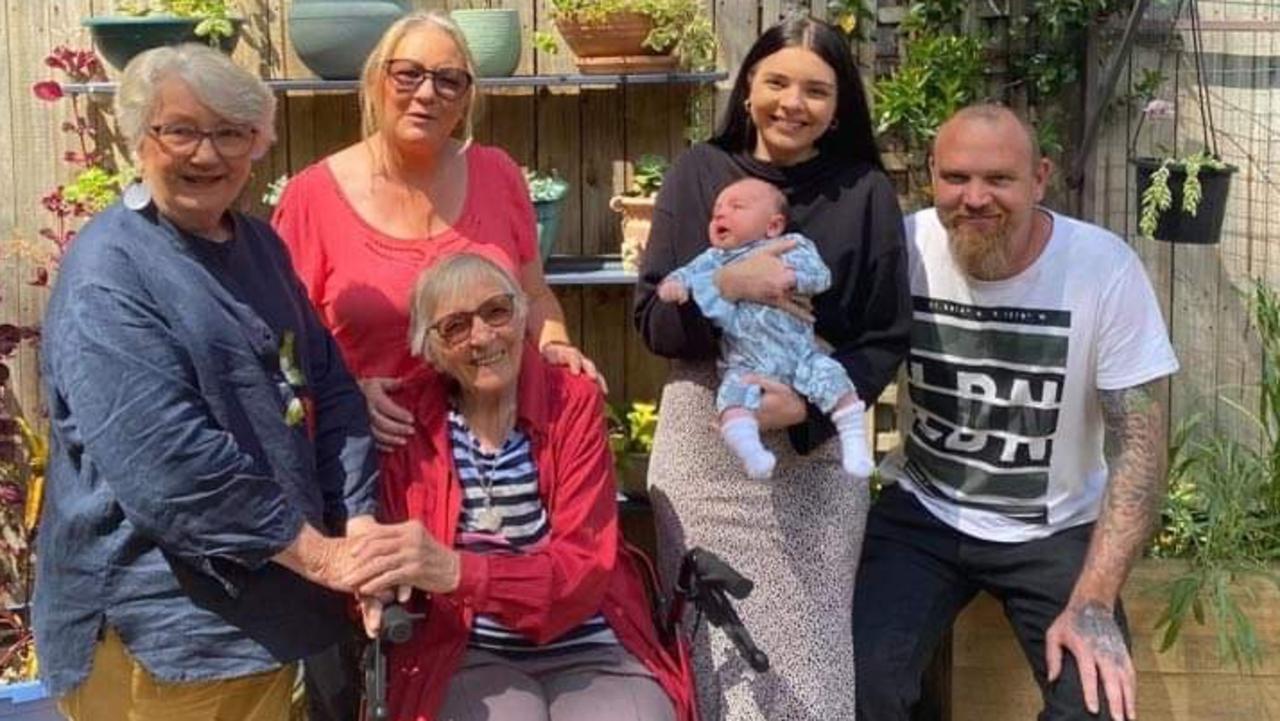 Five generations: Janette Avey (78), Janet Avey (98), Sharon Stoves (61), Benjamin Sheehy (42), Kiarra Sheehy (21) and Oakley Hibberd, aged six weeks.