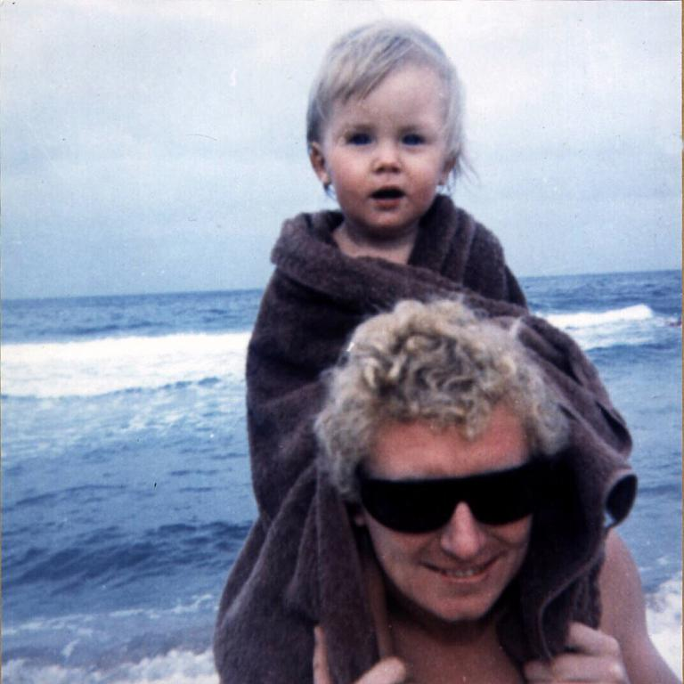 Artist Brett Whiteley and his daughter Arkie in 1965.