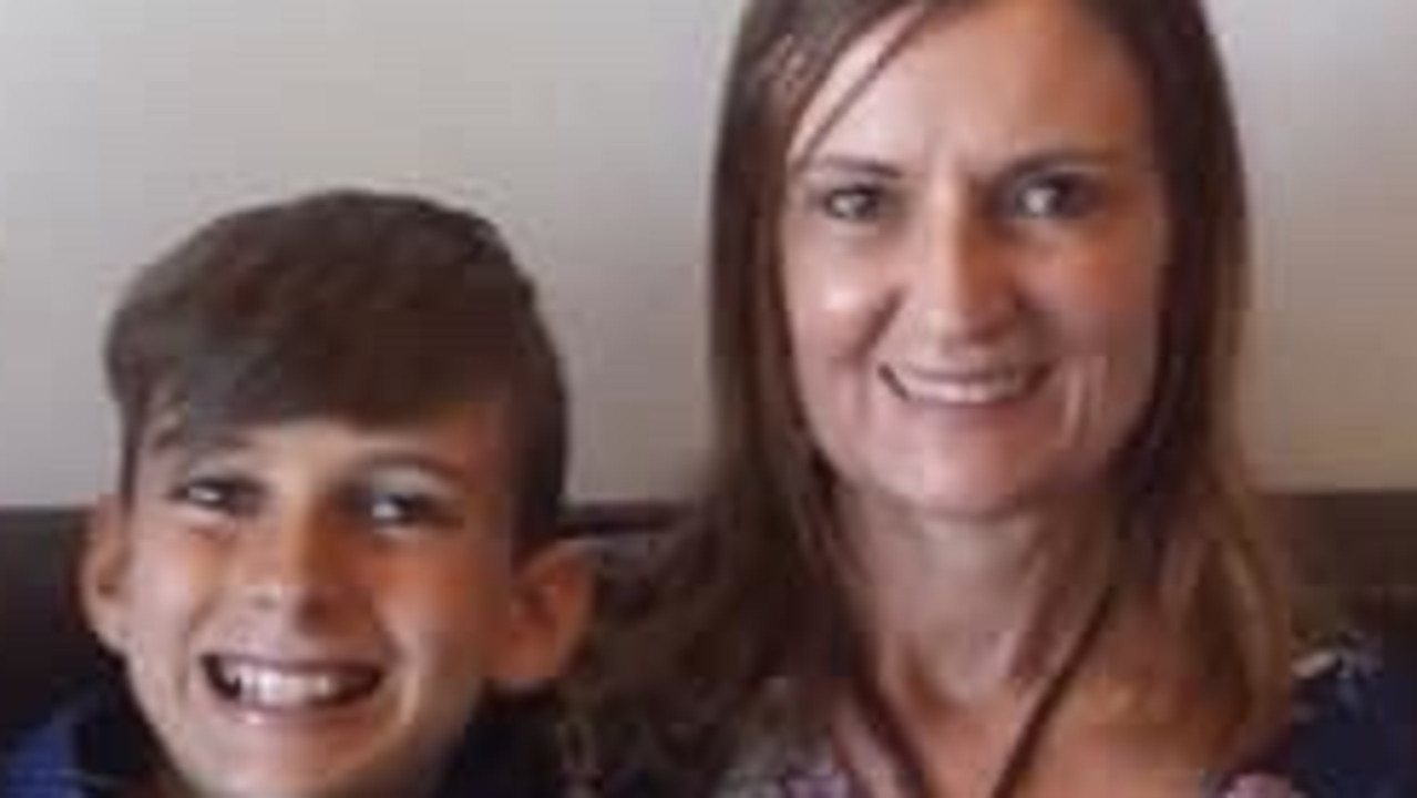 Gold Coast single Lynne Stewart is devastated she's stuck in the UK after her mother's death, who she missed saying goodbye to, because her 13yo autistic son has anxiety and she has deteriorating health.