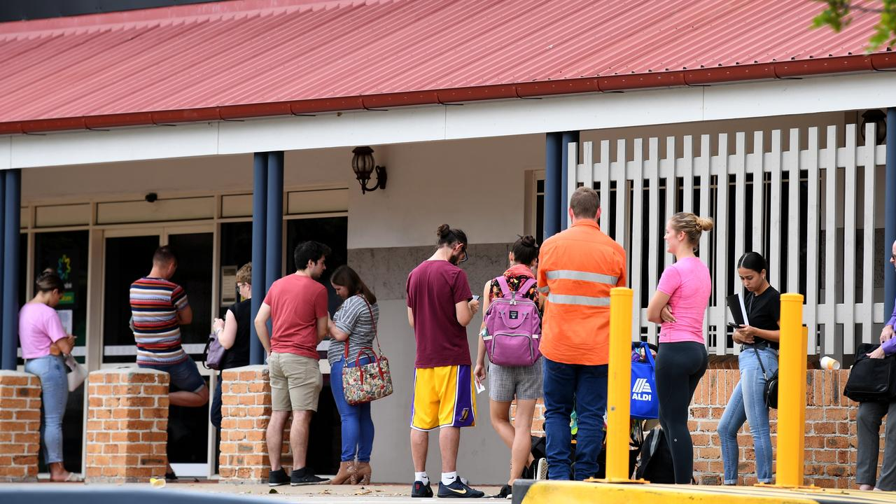 Australians on unemployment benefit JobSeeker won't find out until closer to Christmas what their payments next year will be. Picture: Dan Peled/AAP