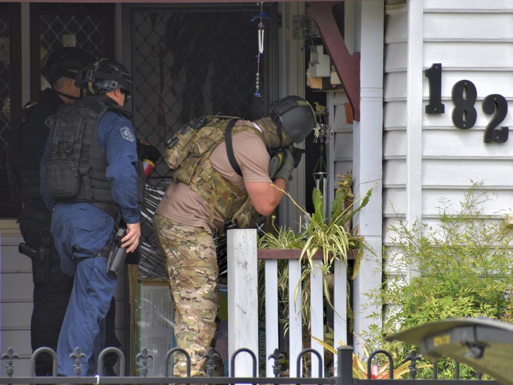 A man was arrested after a stand-off with police in Grafton throughout the morning of Sunday, 20th September, 2020. Photo Bill North / The Daily Examiner