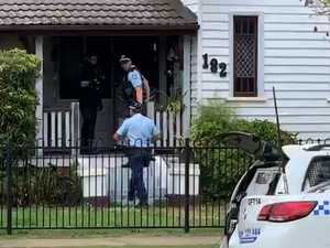Police standoff after knife threat in Grafton