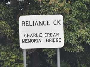 Flashback: The heroic story behind a Mackay bridge