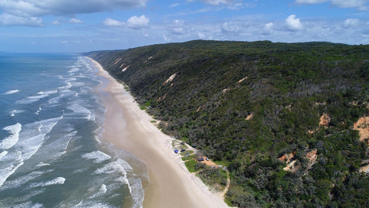 Teewah Beach, Great Sandy National Park, Queensland.