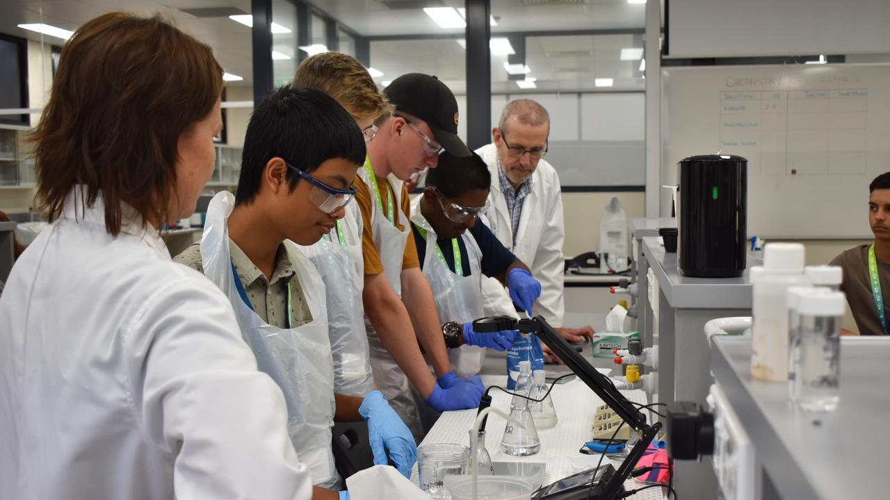 TEAM EFFORT: Students from a range of Bundaberg high schools participated in the Science Experience program at Bundaberg's CQUniversity. Picture: Rhylea Millar.