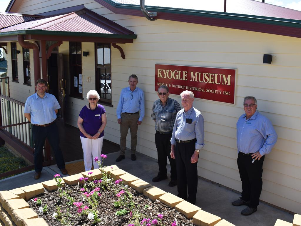 Page MP Kevin Hogan with John Burley, Peter Cahill, Elaine Mclean, Chris White and Tom Fitzgerald at the Kyogle Museum