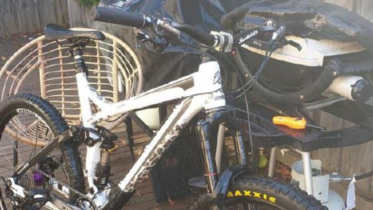 Police are searching for a men's white mountain bike.