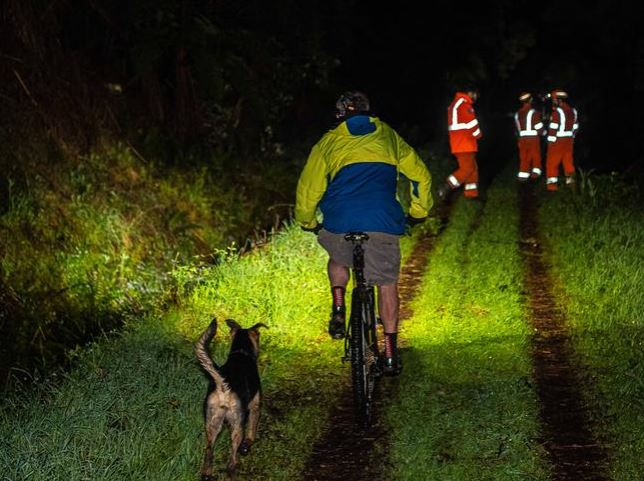 SES and volunteers search into the night for William Wall. Picture: Jason Edwards Source: News Corp Australia