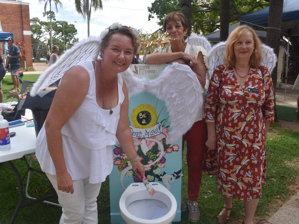 DIVINE DUNNIES: Committee member Lisa Hunt, committee chair Nancy Bates and committee member Jaqui Elson-Green, with their Divine Dunny fundraiser. Photo: Stuart Fast
