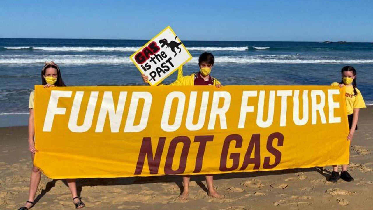 Coffs Harbour students protest against what they say is Scott Morrison's 'gas cash grab'.