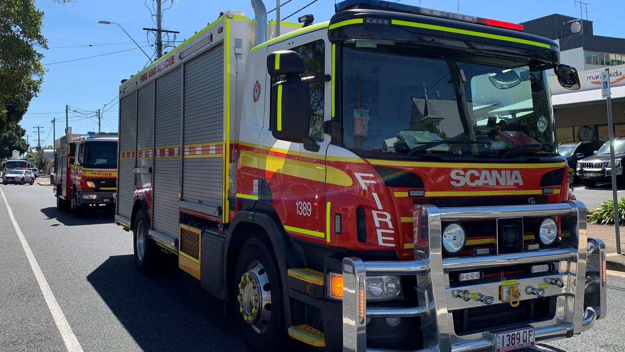 MOUNT PLEASANT: QFES crews attend car fire. Picture: Rae Wilson