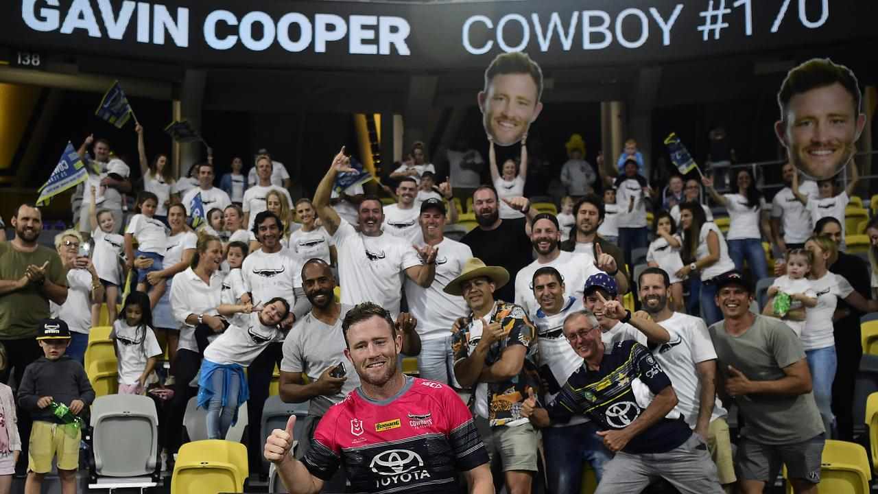 Gavin Cooper poses with the crowd after playing his last home game for the Cowboys against the Penrith Panthers. (Photo by Ian Hitchcock/Getty Images)