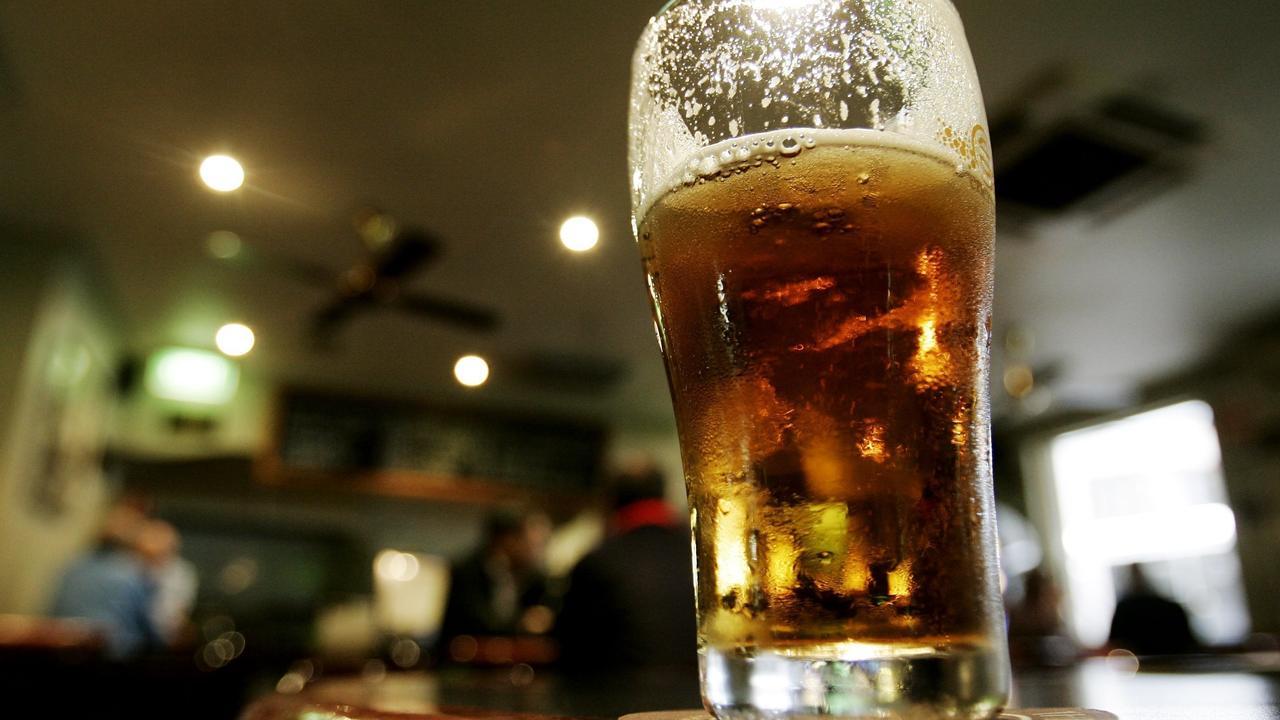 Beer glass generic.