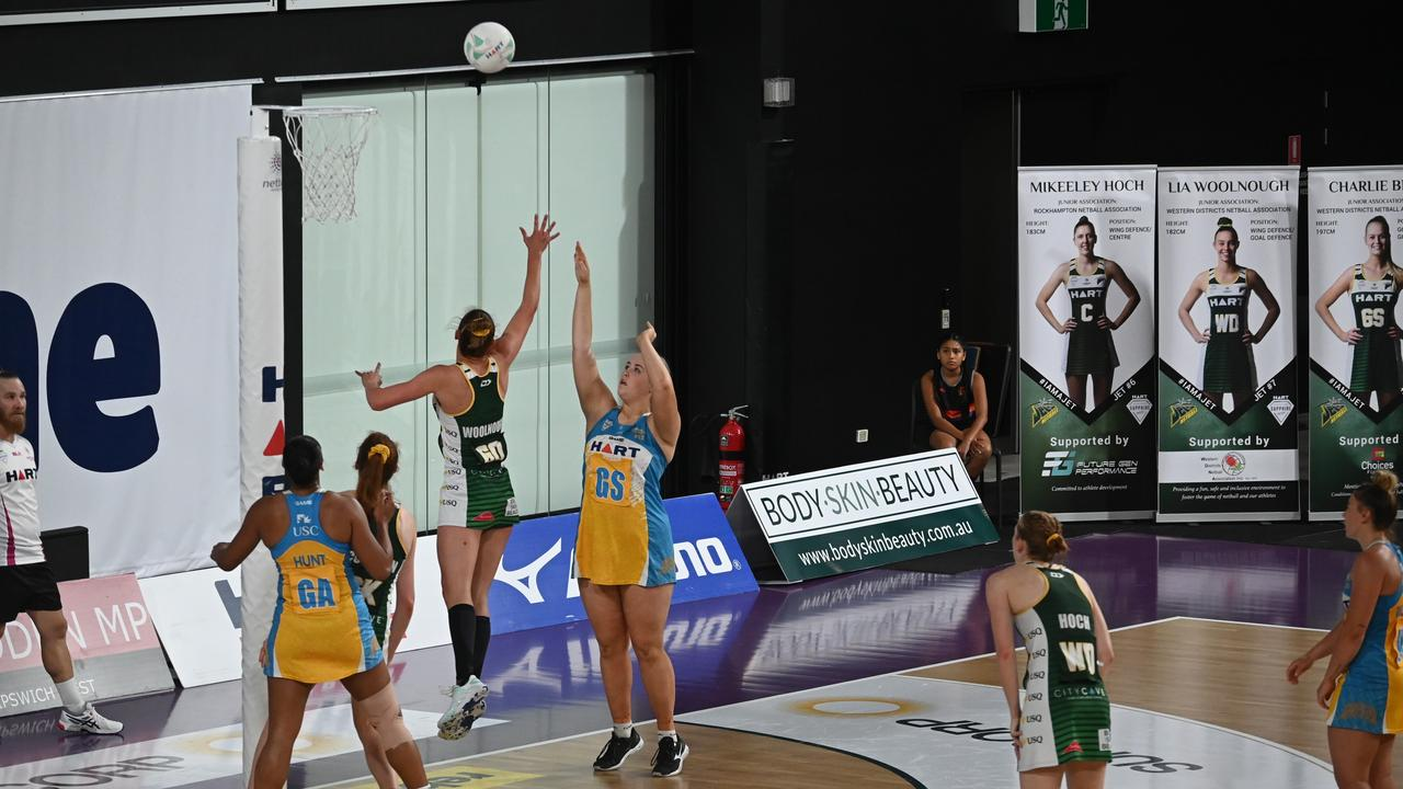 The USQ Ipswich Jets secured a handy 13-point win over Thunder at the Queensland State Netball Centre. Picture: Jets Media