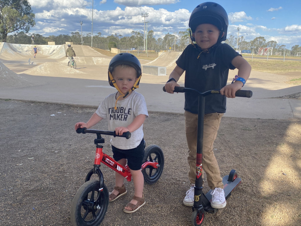 Image for sale: Oscar and Graysen Haidley at the Warwick skatepark.