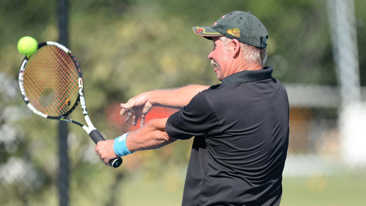 Jeff Shillam in action on the court. Photo Allan Reinikka