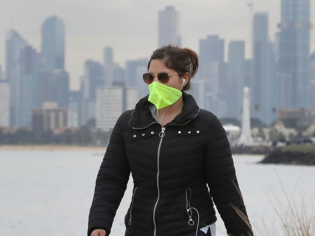 Fitted face masks are going to be mandatory in Victoria with face shields and bandannas soon to be banned. Picture: David Crosling/NCA NewsWire