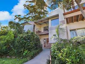 Restaurant, cottages combo on market for $2.5m