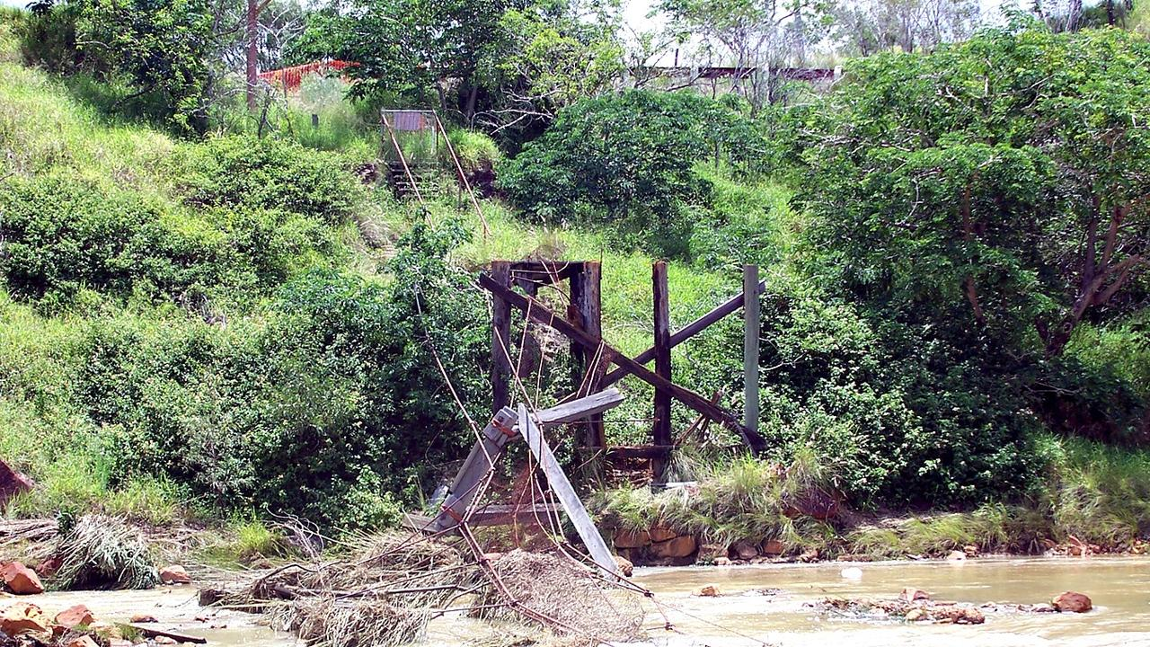 Mount Morgan swinging bridge after flood in December 2010.
