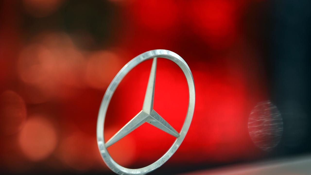 CarsGuide generic car pics - Mercedes Benz emblem. Pic. Kevin Bull