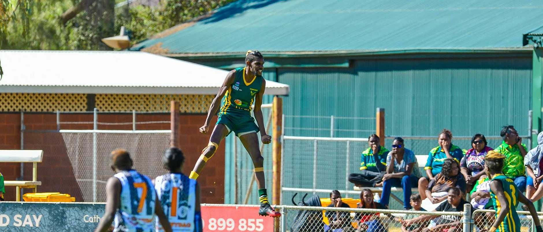 Shane Inkamala shows off insane hops (credit: AFL Northern Territory)