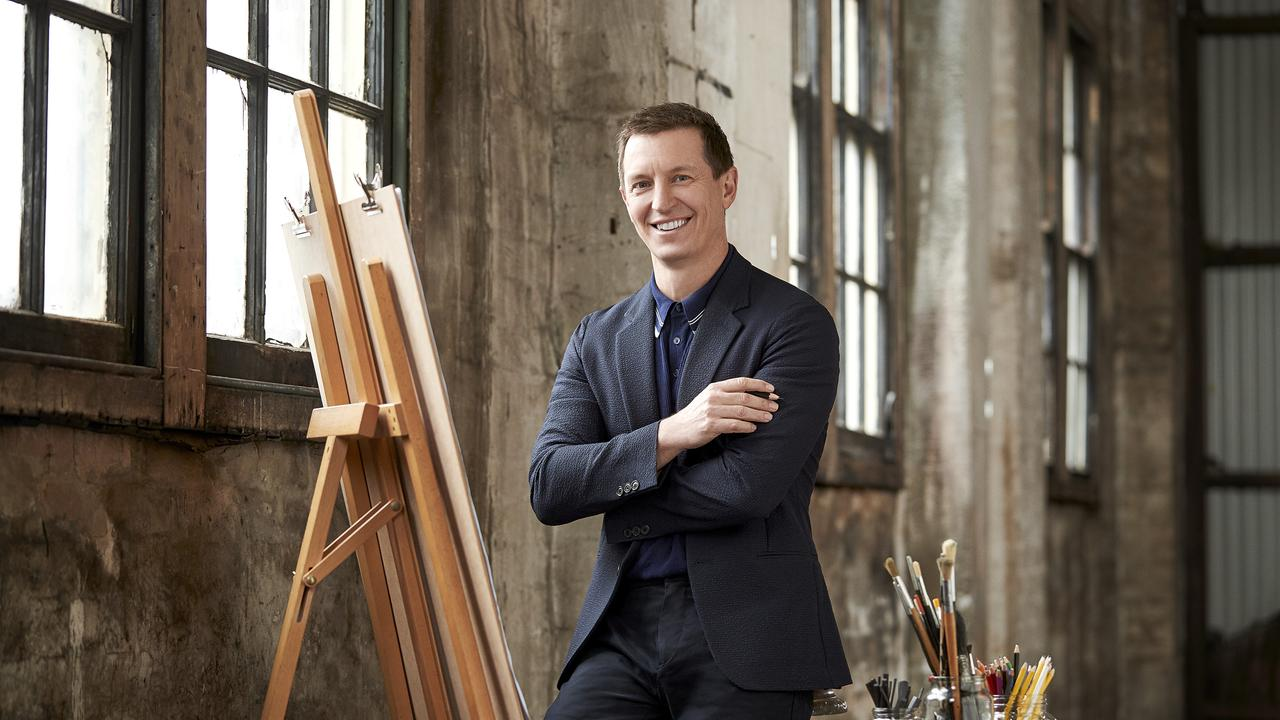 Australian comedian and artist Rove McManus will virtually host the JADA Drawing Award.