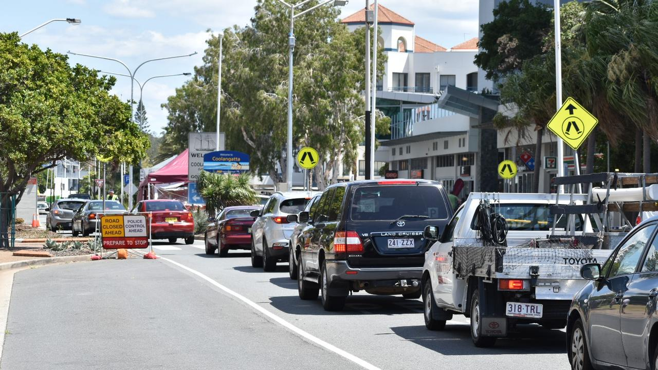 Traffic mayhem about 10.30am along Wharf St, Tweed Heads heading into the Griffith St Coolangatta checkpoint when the border bubble expanded on October 1, 2020. Photo: Jessica Lamb