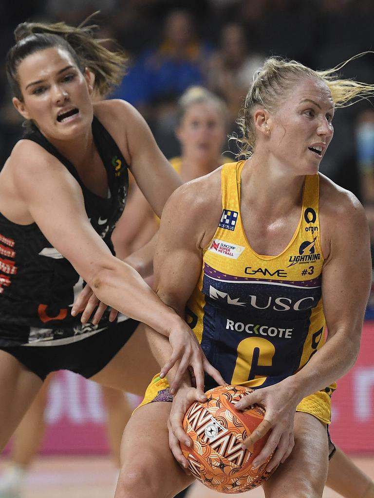 Laura Langman of the Lightning contests the ball with Matilda Garrett of the Magpies during the round 13 Super Netball match. Picture: Ian Hitchcock/Getty Images.