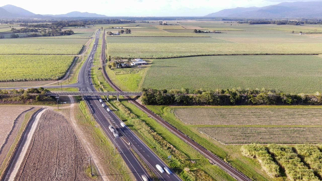 The Bruce Highway near Gordonvale. PICTURE: BRENDAN RADKE