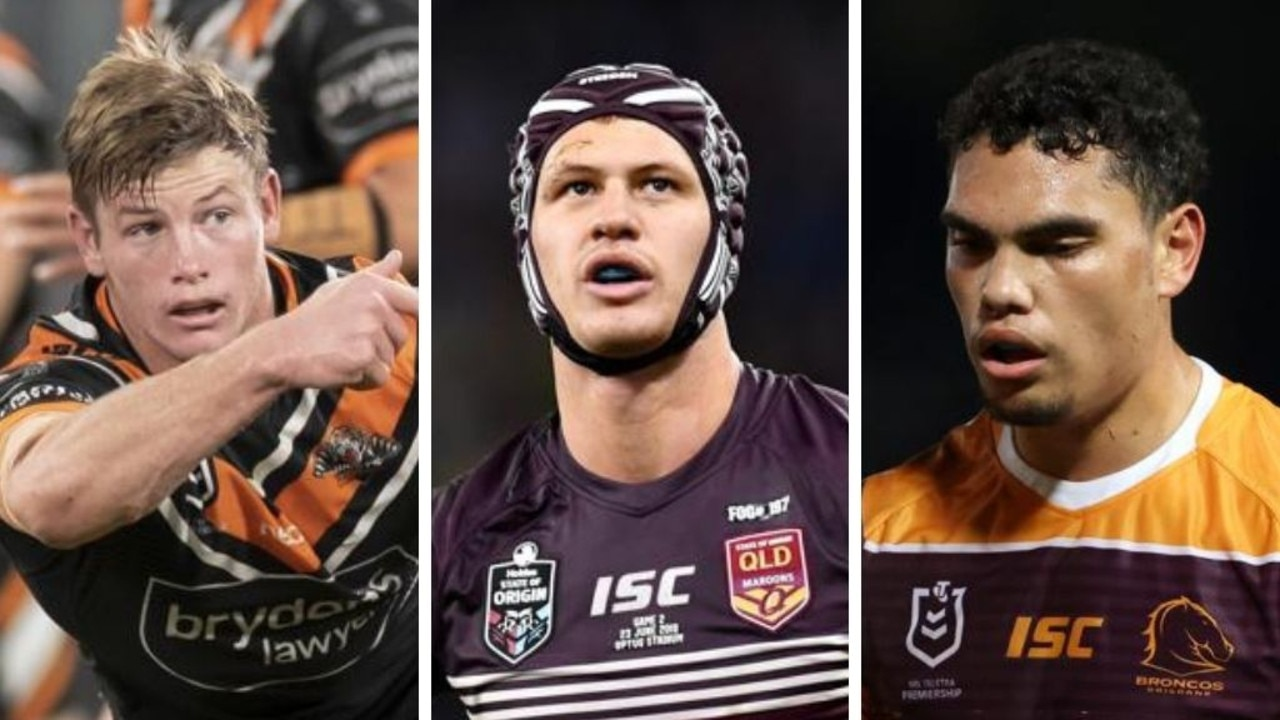 The Queensland Maroons rebuild under Wayne Bennett is well and truly underway, with the master coach naming a new-look side in his initial 15-man squad.