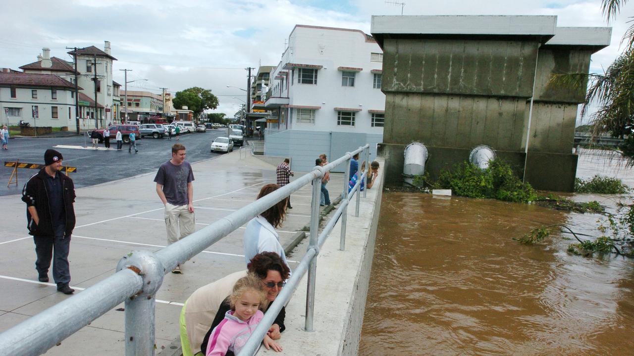 The Lismore flood levee during flood, June 30, 2005.