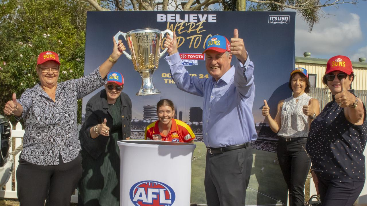 The Toyota AFL Premiership Cup visited Mackay on Tuesday, as part of the AFL Premiership Trophy Tour ahead of the AFL Grand Final at the Gabba on October 24. Photo: Lee Brake – Mackay Regional Council