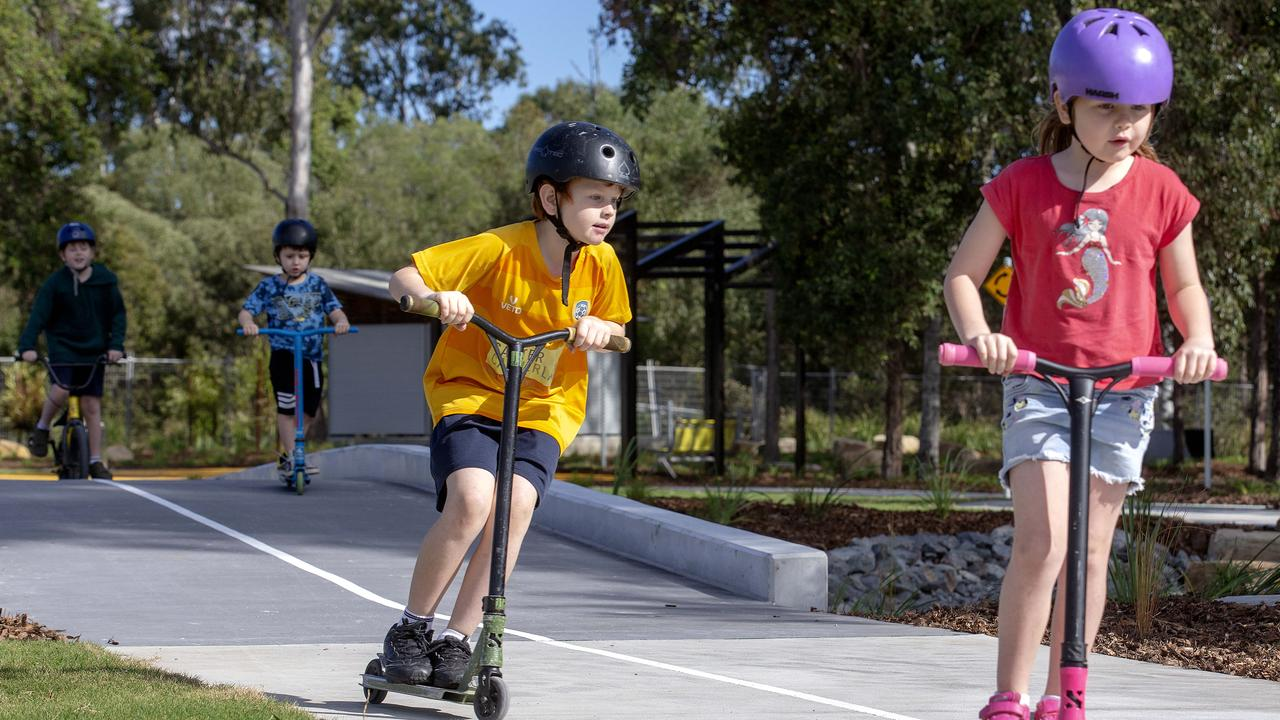 Kids were allowed out to play with their friends for months during lockdowns in Melbourne. Picture: Sarah Marshall/AAP
