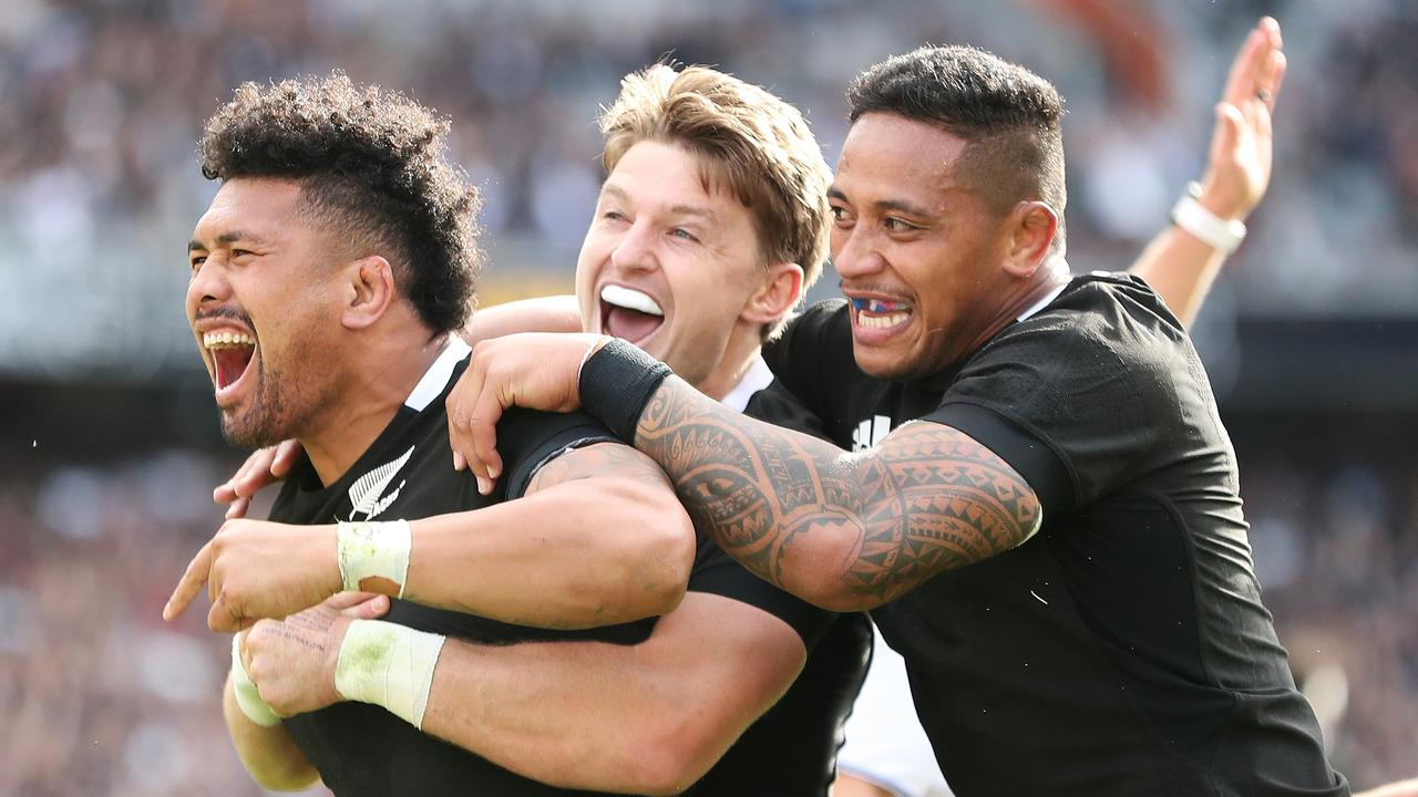 Ardie Savea celebrates a try during New Zealand's 27-7 win.