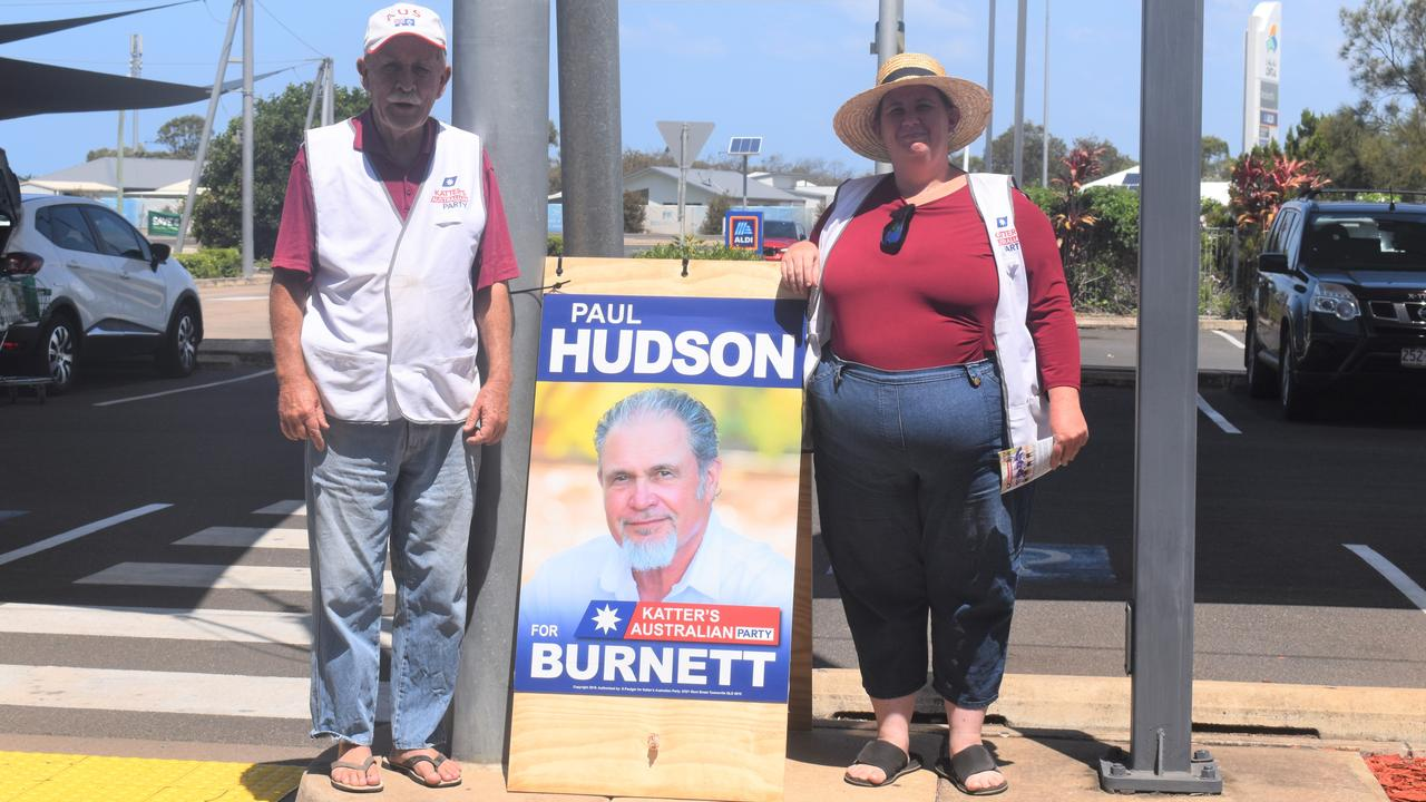 Volunteers for Paul Hudson from the Katters Australian Party, Bill and daughter Samantha Wheatley.