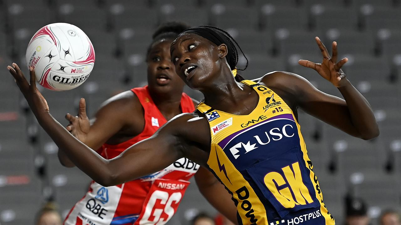 Phumza Maweni of the Lightning wins the ball against Sam Wallace of the Swifts . Picture: Albert Perez/Getty Images.