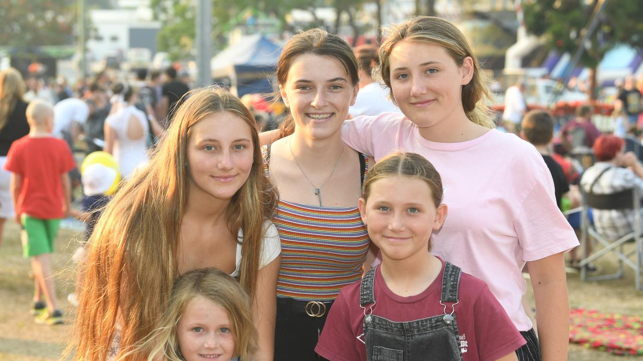 Gympie 2019 Christmas in the park - Evey Hanlon, Summer Rutledge, Laila Hanlon Frankie Hanlon and Skye Hanlon