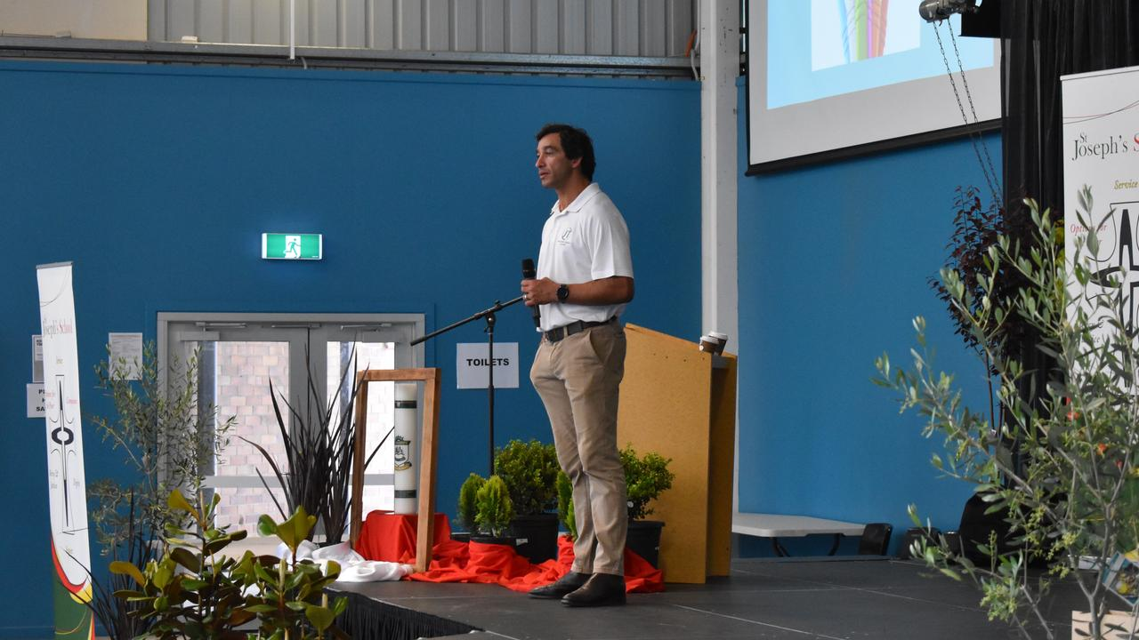 Rugby league legend Johnathan Thurston spoke with students at Stanthorpe schools about building self-confidence.