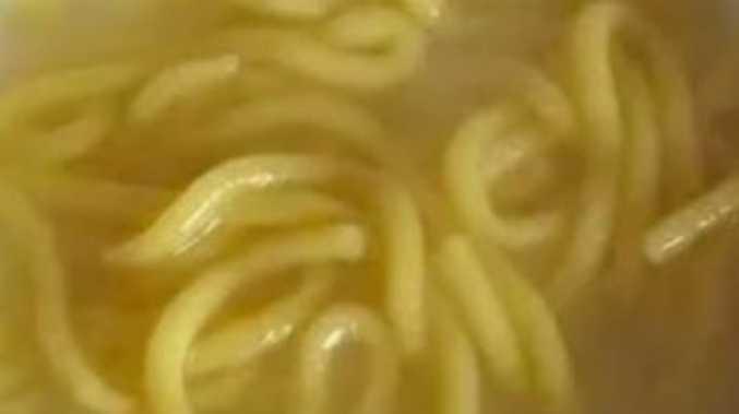Family of nine dies after eating noodles