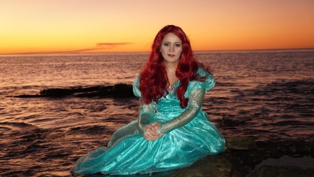 Shannon Kemp captures Lauraine as Princess Ariel.