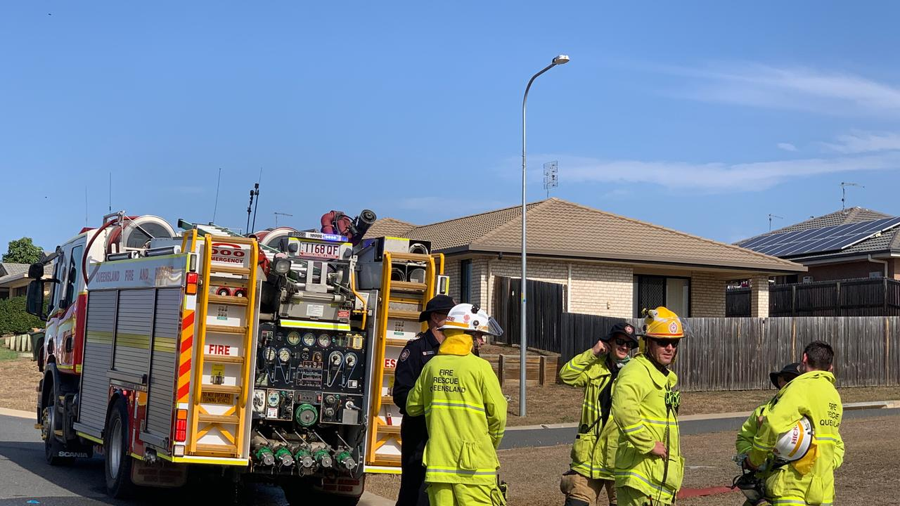 Multiple crews attend a fire which threatened Gracemere properties this afternoon. Picture: Jann Houley