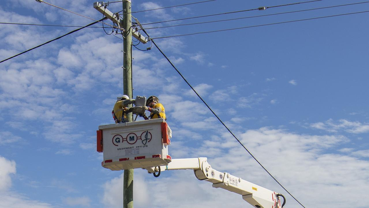 Ergon Energy were called to West Gladstone last night after reports of a powerpole fire.