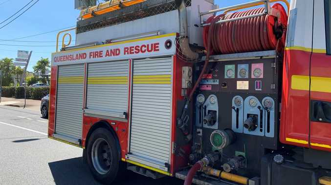 Crews rush to hinterland as grassfire breaks out