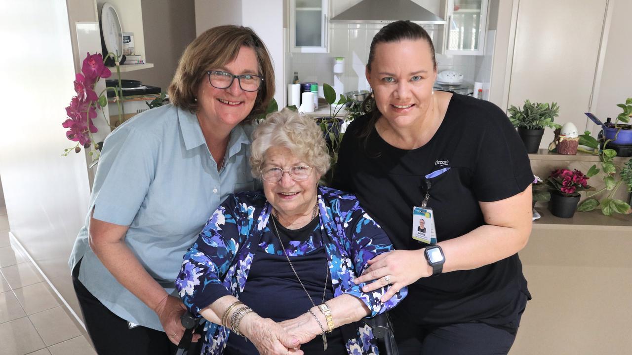Ozcare Emerald new dementia Adviser Paula Gordon, Maureen Robertson and Ozcare care assistant Lelitta Davidson.