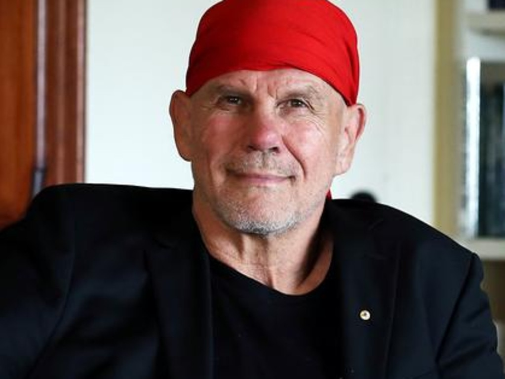 Ex-Wallaby Peter FitzSimons has had his say.
