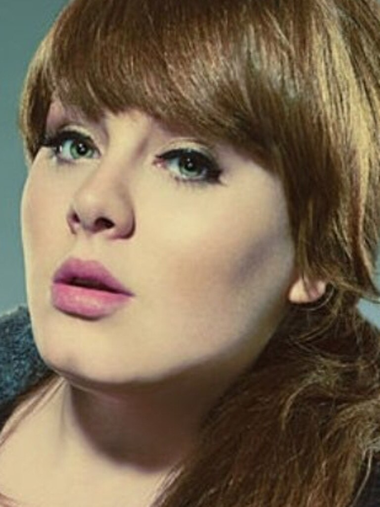 Adele in a 2008 SNL promo pic.