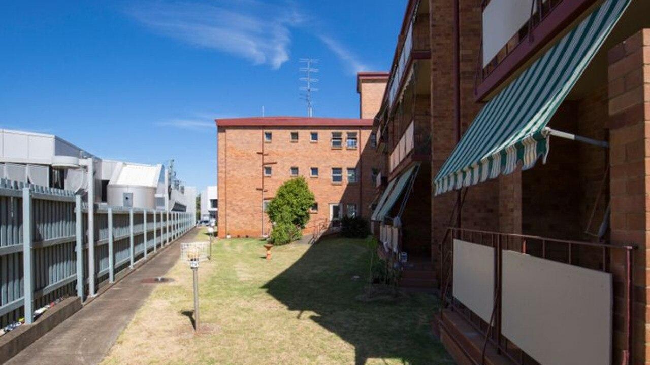 21/163 Hume Street, Toowoomba City